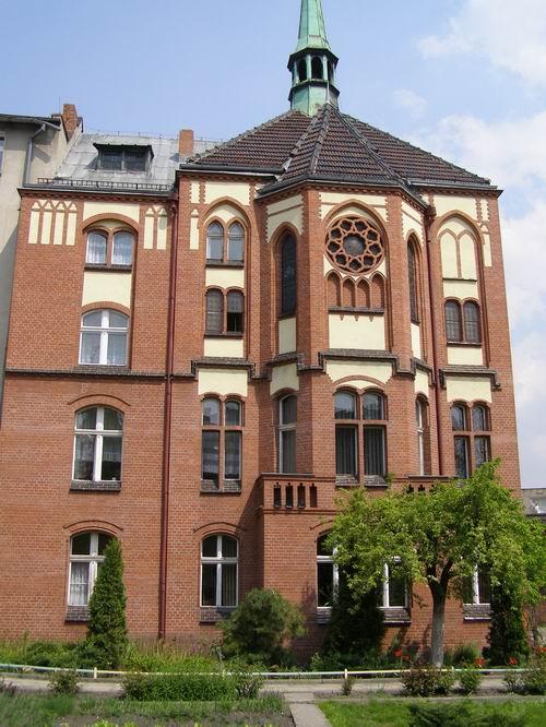 """Dom Pomocy Społecznej """"Dom św.Notburgi"""" wRaciborzu"""